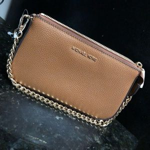 NEW NEVER USED Michael Kors Clutch with tags